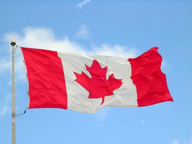 800px-Canada_flag